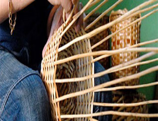 How to weave a Basket, teacher says..